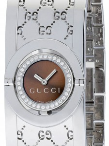 Close-up detail of Gucci Twirl Women's Watch YA112503