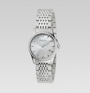 Front of the Gucci Women's YA126506 Gucci Timeless Watch